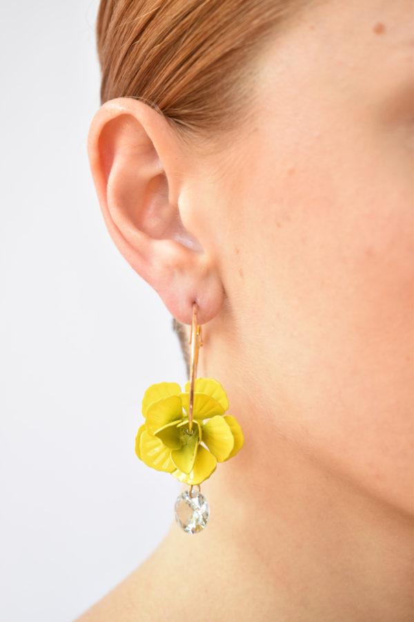 Žlté kvetinové náušnice Neha