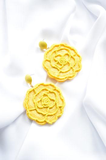 Výrazné žlté kvetinové náušnice Mima